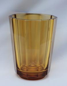 Váza Moser 22