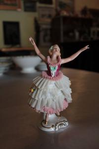 Porcelánová baletka Korunka 1077