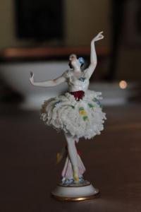 Porcelánová baletka Korunka N