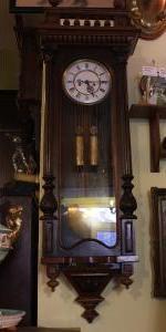 Nástenné hodiny dvojzávažové